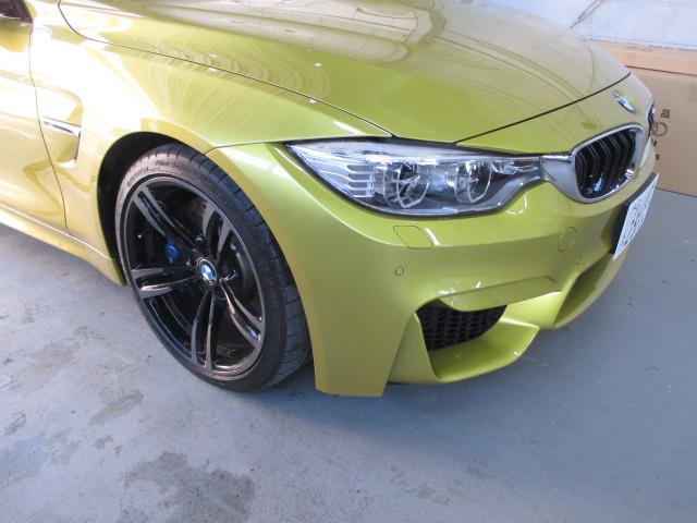 BMW M4 板金 塗装