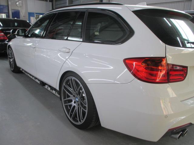 BMW 320d ツーリング M スポーツ