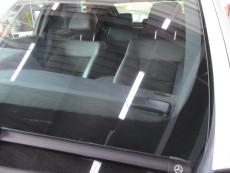 メルセデスベンツ E300 W212 ガラス交換