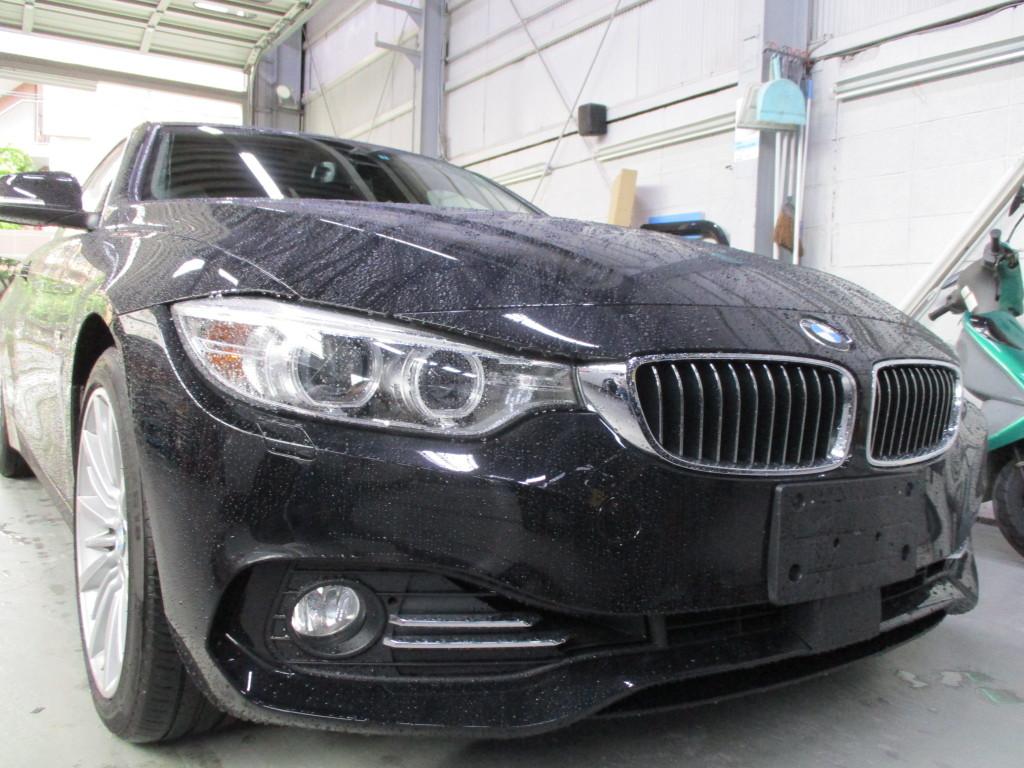 【世田谷区】BMW 420i フロントバンパー キズ修理