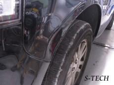 ランドローバー,ディスカバリー2,左フロントフェンダー,板金,塗装,修理,エステック