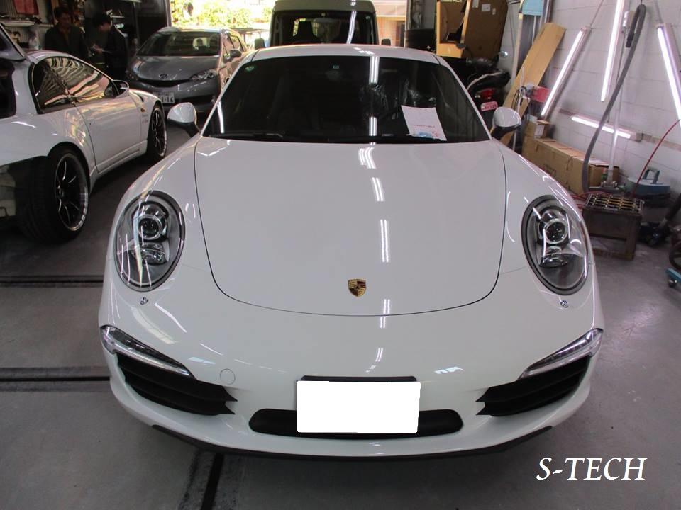 【目黒区】ポルシェ カレラS 911 997 左ドア 凹み 板金塗装