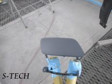 アウディ,Q5,フロントバンパー,右フロントフェンダー,キズ,凹み,板金,塗装,修理,エステック