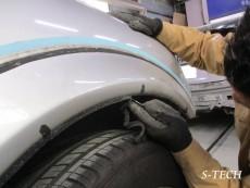 メルセデスベンツ,ML55,AMG,W163,フロントバンパー,左フロントオーバーフェンダー,傷,パーツ,交換,塗装,修理,エステック