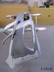 メルセデスベンツ,Eクラス,W212,フロントバンパー,キズ,凹み,割れ,修理,塗装,エステック
