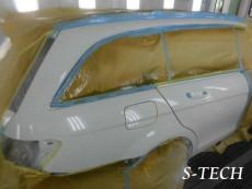 メルセデスベンツ,C200,W204,右リアドア,右サイドステップ,キズ,凹み,板金,塗装,修理,エステック