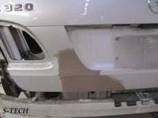 メルセデスベンツ,E320,S211,バックドア,リアバンパー,キズ,凹み,板金,塗装,修理,エステック