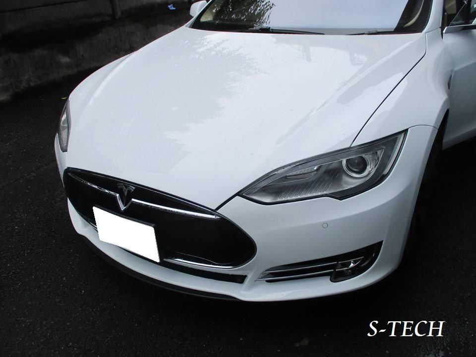 【世田谷区】テスラ モデルS フロントバンパー・左フロントフェンダーパネル キズ凹み 板金塗装