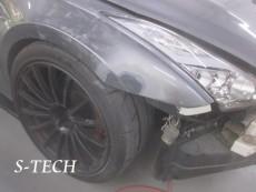 ニッサン,GTR,R35,右フロントフェンダー,キズ,板金,修理,塗装,エステック