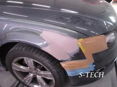 アウディ,A4,オールロード,右フロントフェンダー,キズ,凹み,板金,塗装,修理,エステック