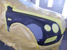 ベントレー,ベンテイガ,フロントバンパー,右フロントフェンダー,キズ,凹み,板金,塗装,修理,エステック