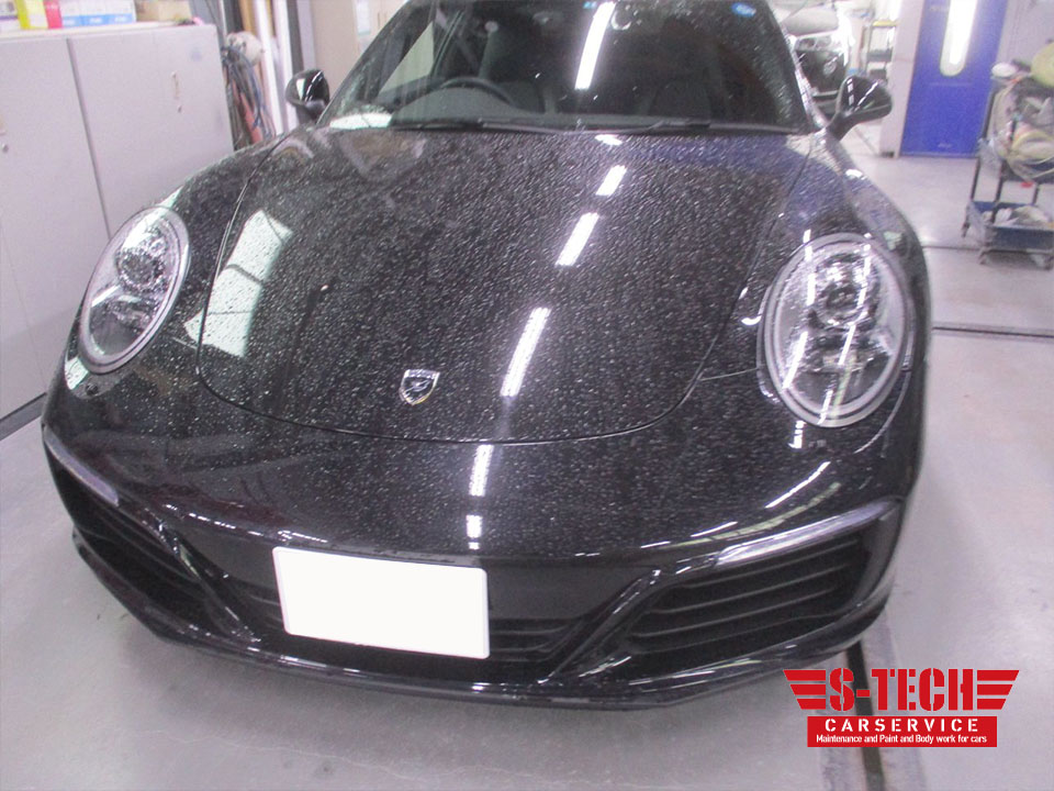 【品川区】ポルシェ 911 カレラ リアバンパー キズ凹み 修理塗装