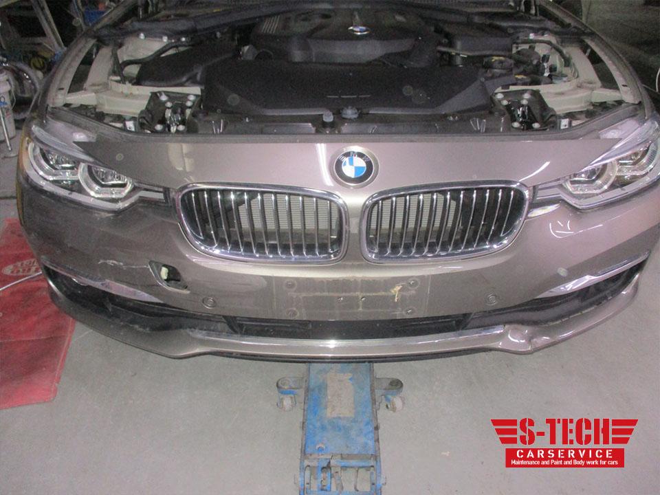 【調布市】BMW 320i フロントバンパー きず変形 新品純正パーツ 塗装修理